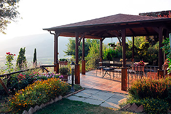 Tuscan country house photos | Pictures and images of a farm house in Arezzo